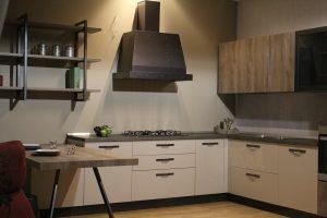 kuchnia z okapem kuchennym